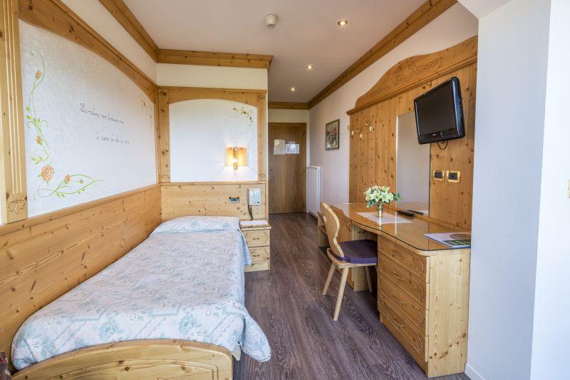 Hotel belsoggiorno malosco hotel 3 stelle trentino for Bel soggiorno genova