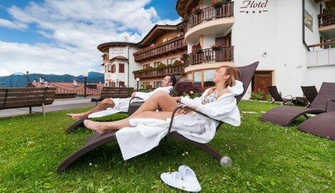 Hotel Belsoggiorno - Malosco - Hotel 3 stelle - Trentino ...
